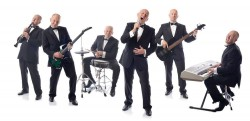 Should I Hire A Band Or A DJ For My Wedding?