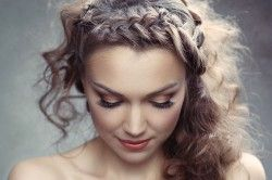 What to Look for in a Hair and Makeup Artist?