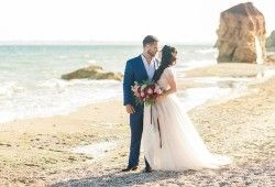 How to Stay Present on Your Wedding Day?