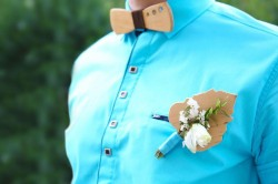 Ideas for Boutonnieres for the Groom and Groomsmen
