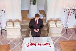 What Should You Look for in a Wedding Officiant
