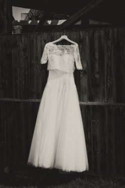 Which Wedding Dress to Choose Based on the Bride's Height and Shape?