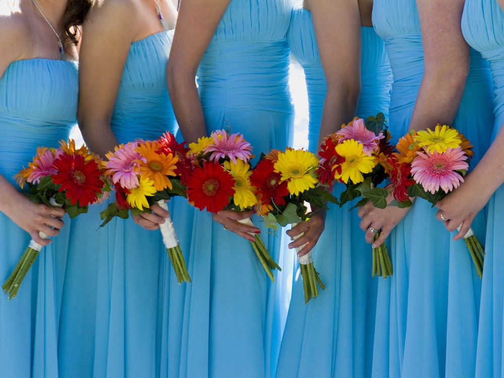 Should the Maid of Honor Wear the Same Dress as the Bridesmaids?